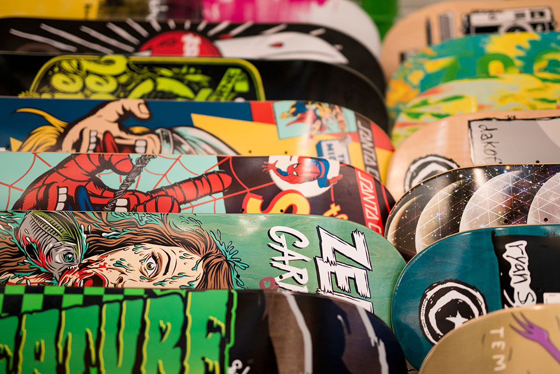 Snowboard, Ski, Skate | Shop online | Services | Genève – TZP